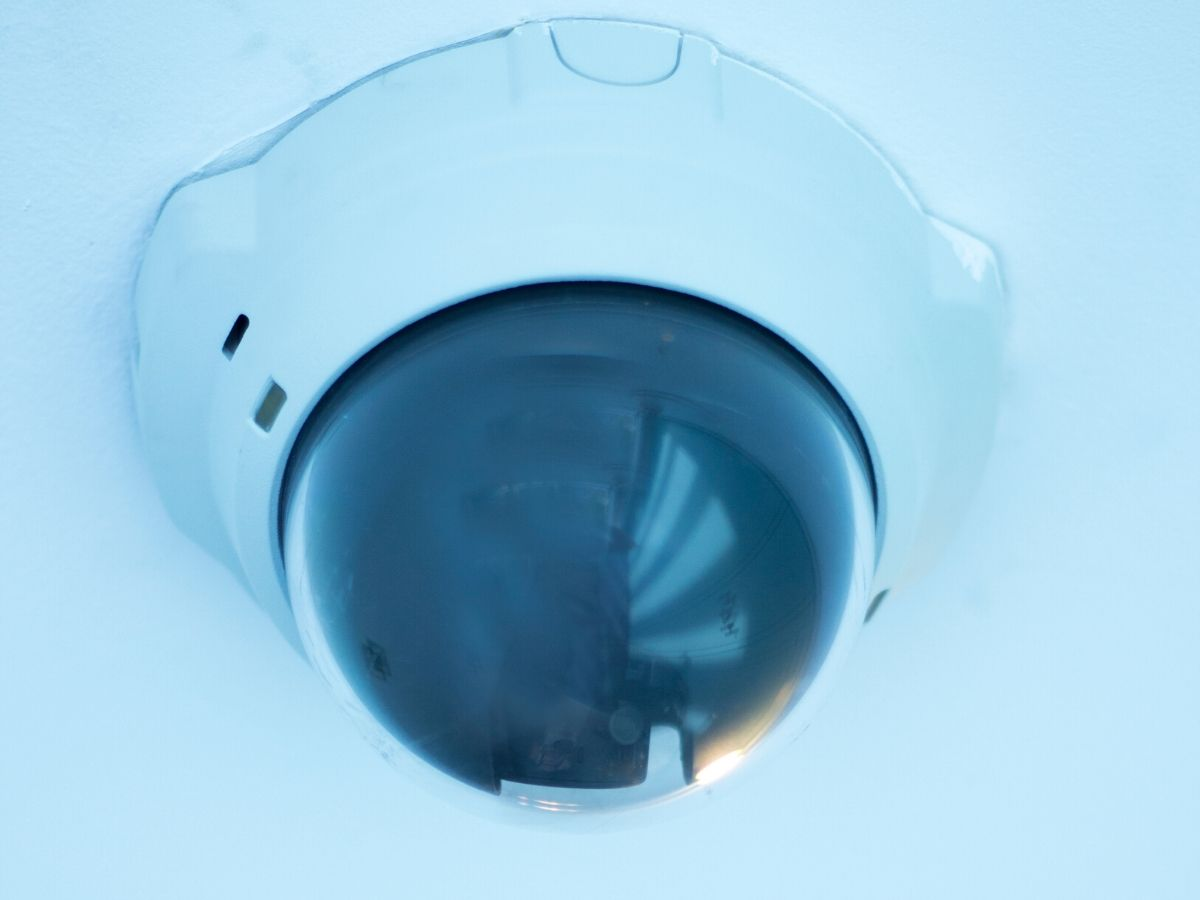 <h3>מהיום כל אחד צריך מצלמות אבטחה אלחוטיות לבית</h3>