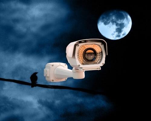 מצלמות אבטחה נסתרות לבית פרטי